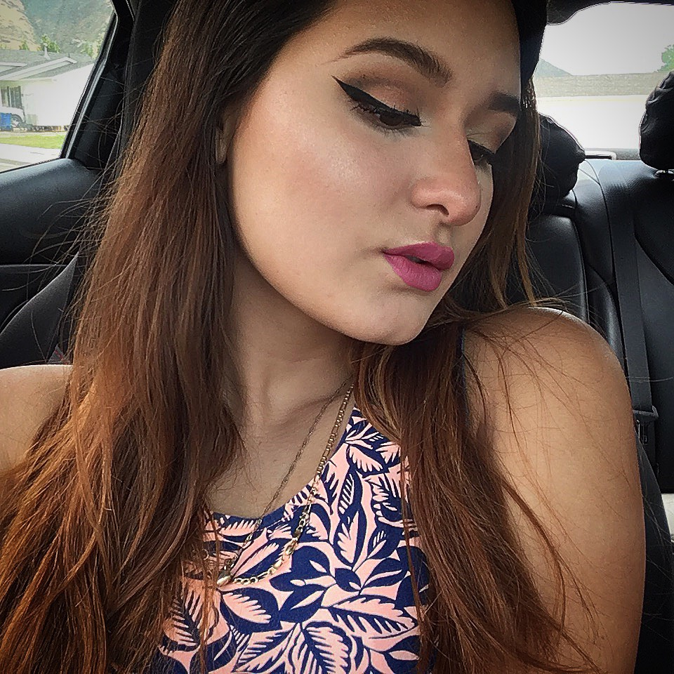 Browns with pink lips