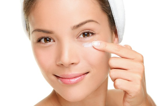 Apply Vaseline under eyes before you sleep, and you won't get any dark under cycles !! 😱 works very well with me