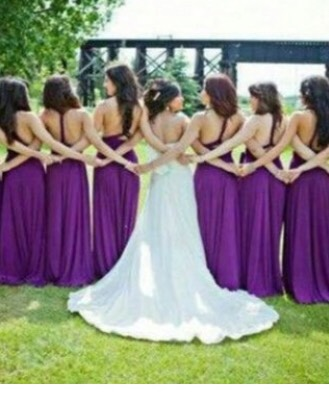 Cute bridal partyphotography idea