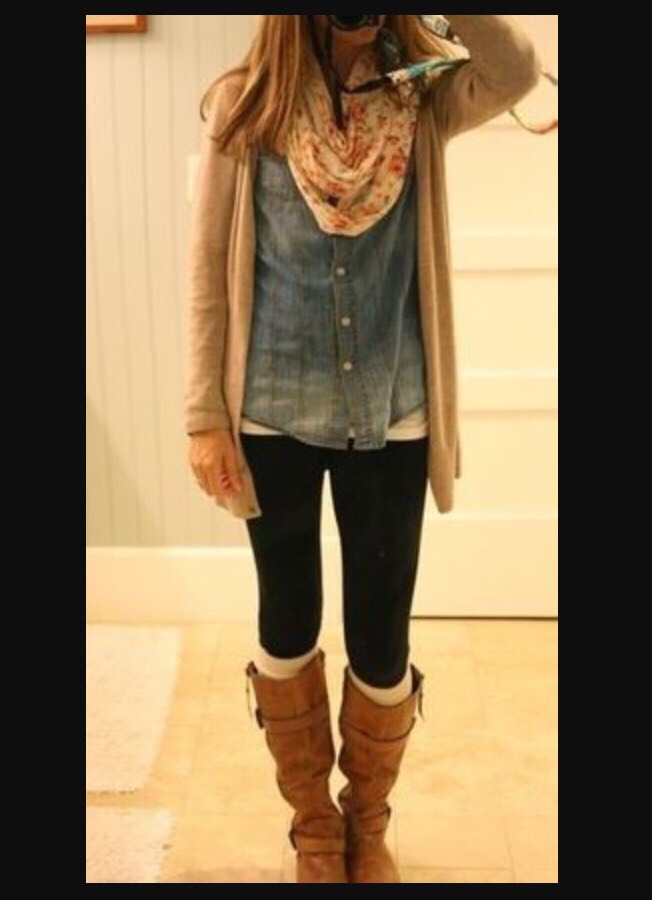 match your scarfs with your knee-high boots💋