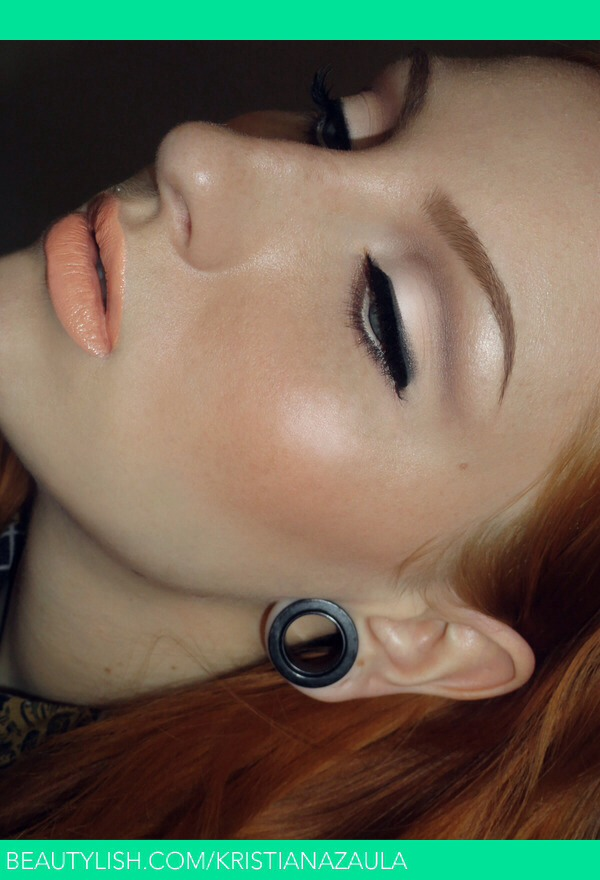 Soft cut crease. Just blend more. I love this look. You could wear this everyday. It's a nice contour for the eye.