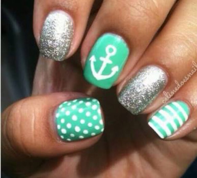 Summer beach nails 🌴😎