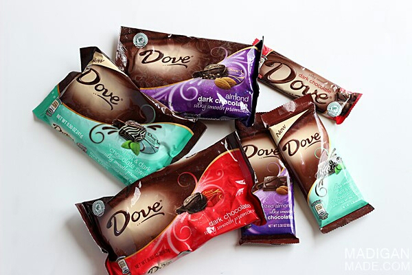 The chocolates used for this DIY are Dove brand but feel free to use whatever chocolate your mom likes best!