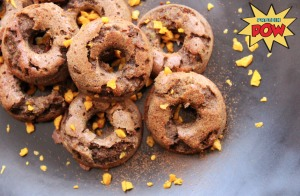 http://proteinpow.com/2014/03/apple-cinnamon-egg-less-mini-donuts.html