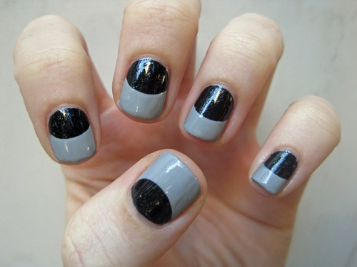 I think these are quite simple. Step 1: adding a nail polish color, here they used black, but you can use whatever color put a coat or two coats of that polish and let it dry completely.