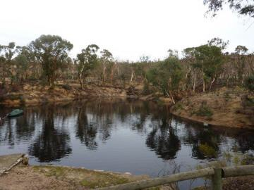 Beautiful dam at Toodyay Holiday Park & Chalets with around 25 acres of Bushland.