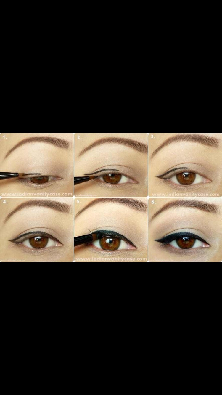 Classic Eyeliner Look