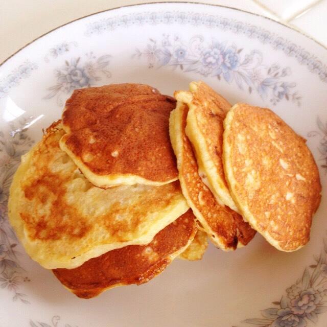 Egg and banana pancakes (170) depending on how many eggs and bananas you use