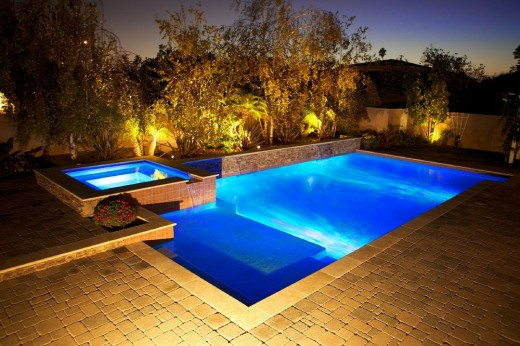 Have a crazy pool party💃