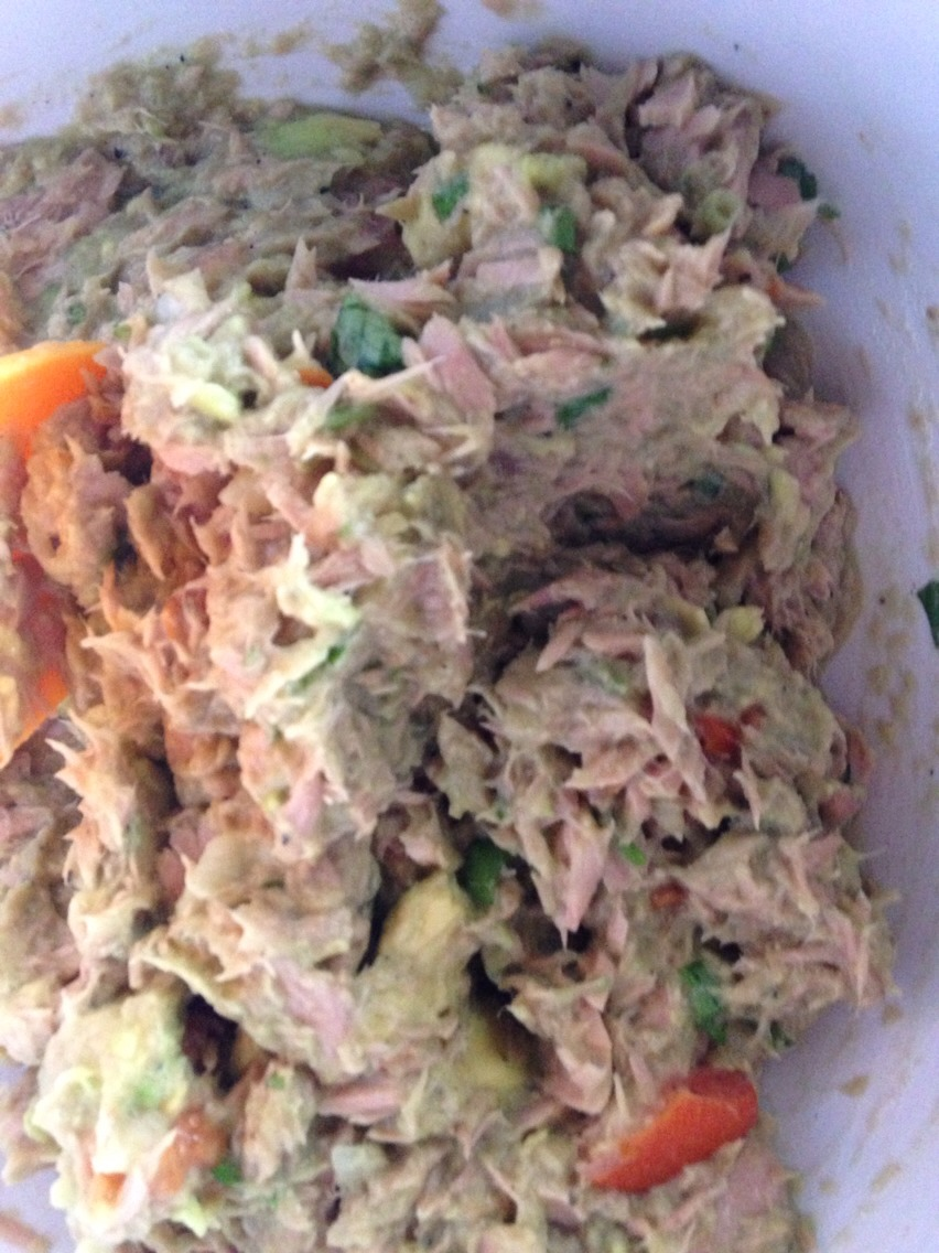 10 min to a healthy tuna salad without mayo or high sodium!!!! 👍