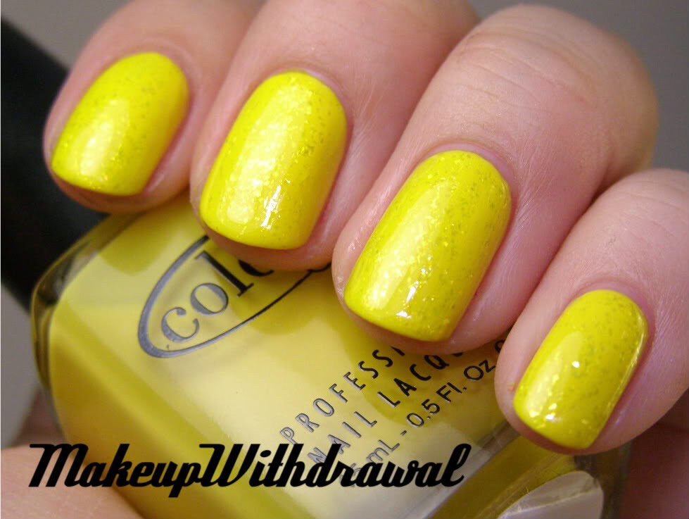 7. Yellow Nails: While nails painted yellow may be cute, stained yellow nails aren't. If this is a problem you're facing, just soak your nails in ginger ale for 10 minutes, twice a week. Also, try soaking your nails in lemon juice, and then using a toothbrush to gently scrub off the color.