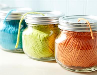 Yarn dispenser