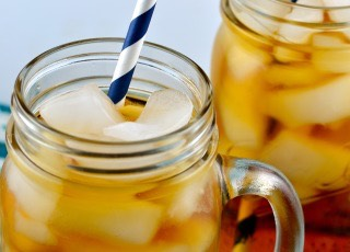 Southern Sweet Iced Tea   http://www.food.com/recipe/southern-sweet-iced-tea-225484