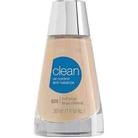 Then, I use a light cream for my face. It's very good for oily skin, and it's very light.