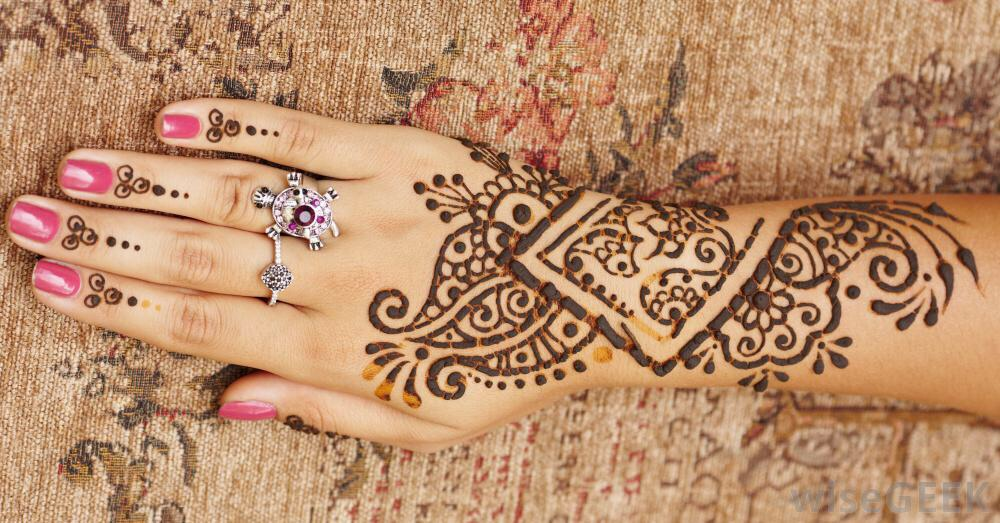 This tip will teach you how to quicken the removal process of your henna!