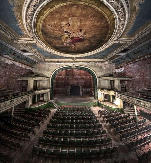 Orphenum Auditorium, New Bradford, Massachusetts