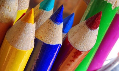 U will need: color pencils, cup, some paper (but is not required) 😀 and just so u know this is safe for ur face, we called the Crayola Crayon company. They said yes it is safe for kids to eat than to is safe if I got it on ur face😋