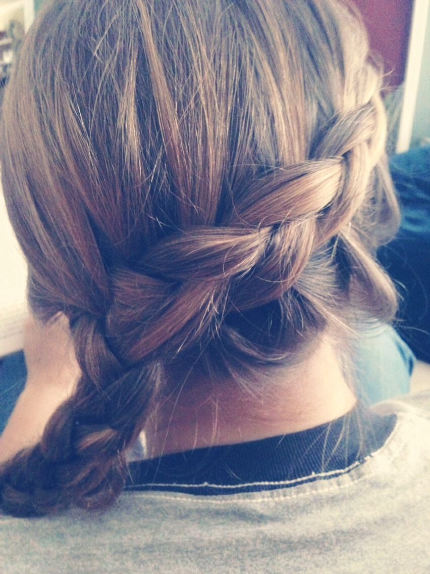 Please like and follow😘 I'm considering posting an 11 strand braid tutorial. Thoughts?