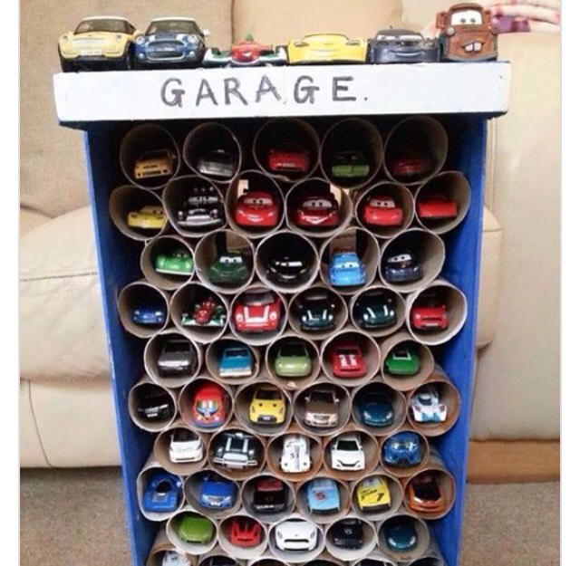 Toy car garage 🚗