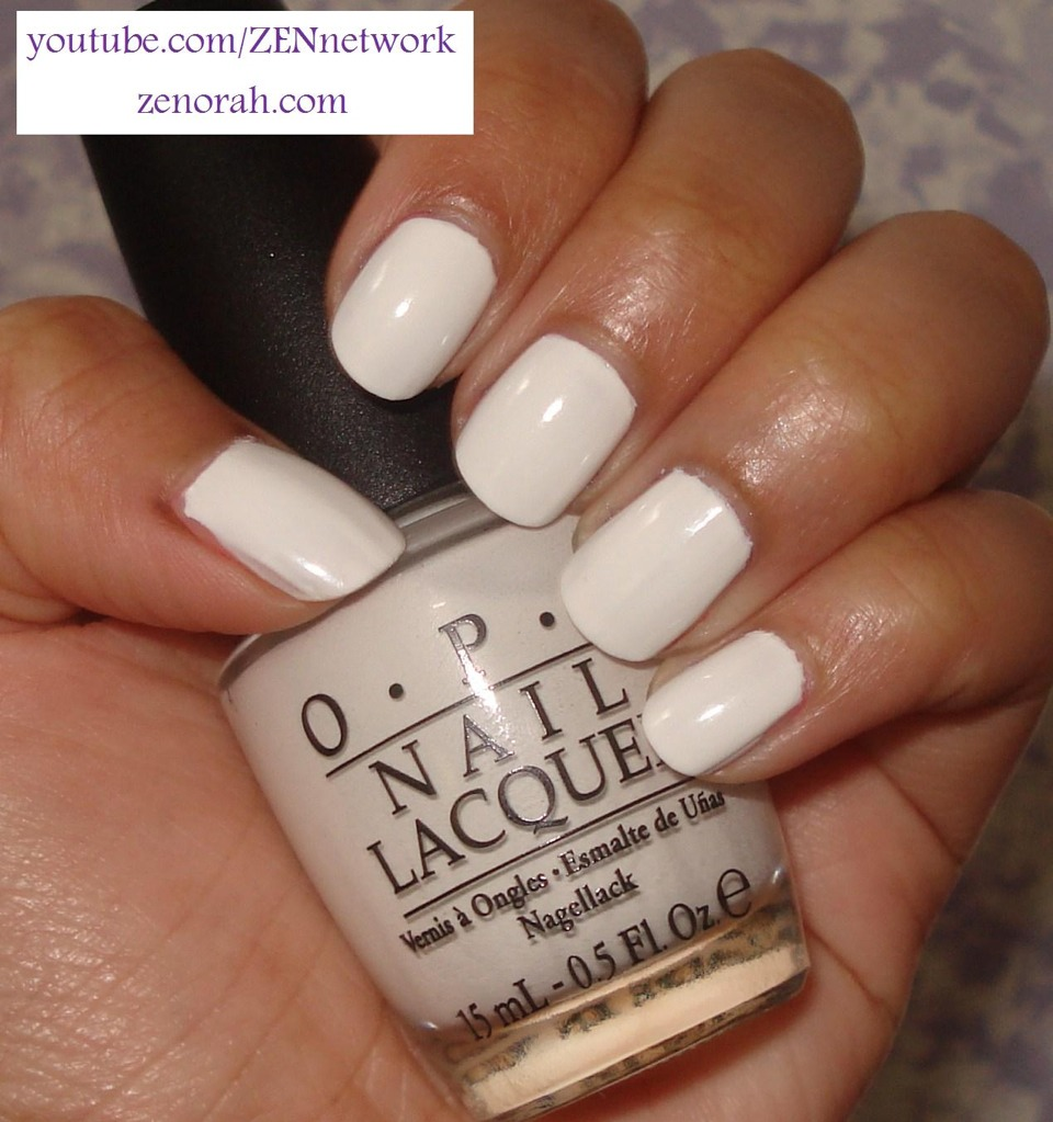 White nailpolish looks beautiful and simple in the summer because it looks especially amazing against your tan skin.