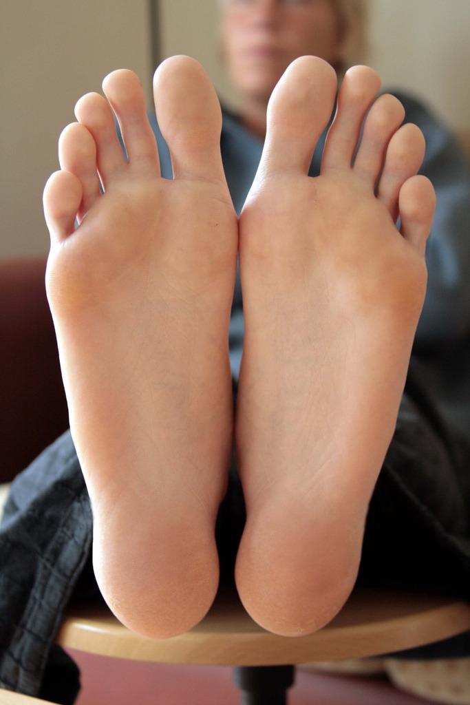Фото ступни женские