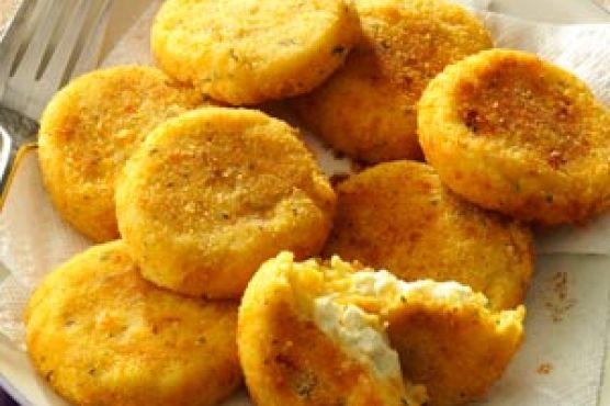 Follow this recipe for loaded stuffed potato pancakes!