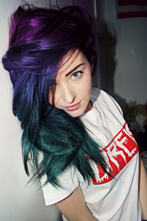 Purple, blue and green ❤️ I really want to dye my hair like this!
