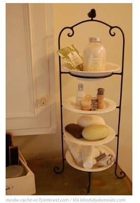 Use a stacked plate rack for more storage space & Musely