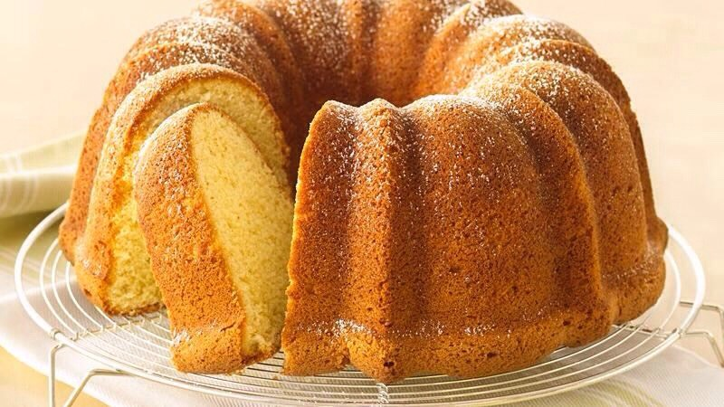 Pineapple Pound Cake With Cream Cheese Icing