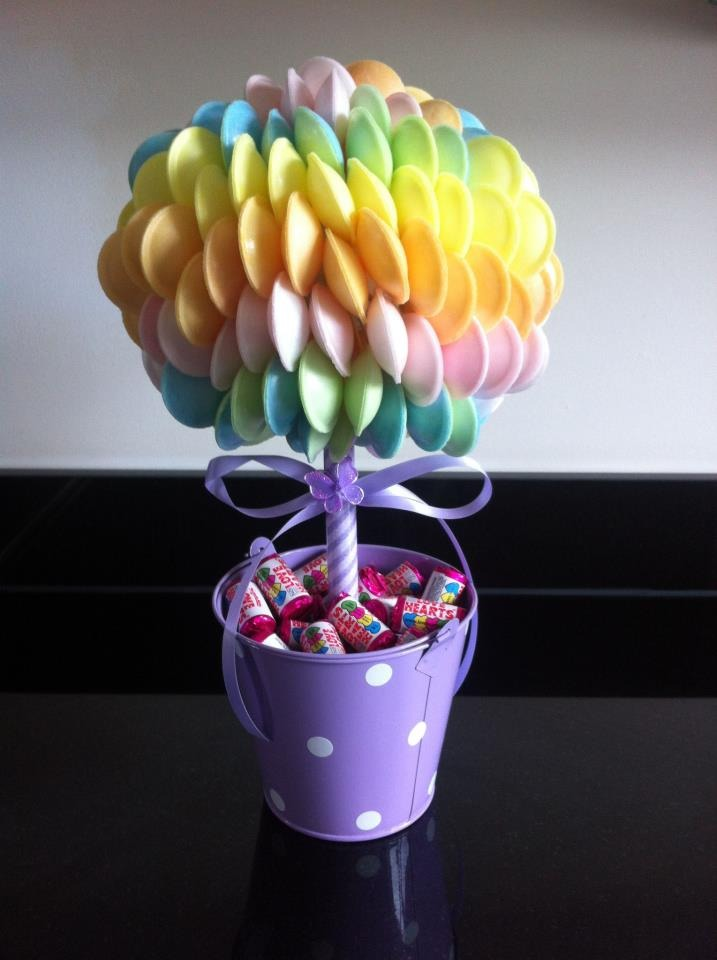 Sweets and chocolate, I even got a tree made of sweets!