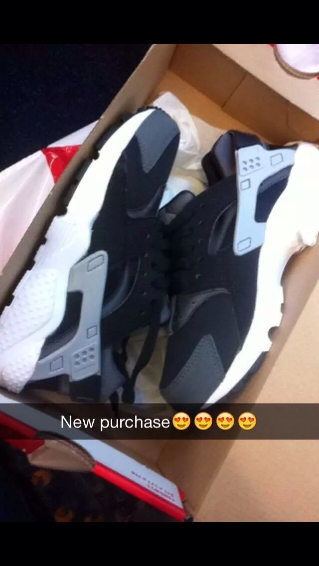 Thease are sooo in fashion everyone is buying it lately❤️👟