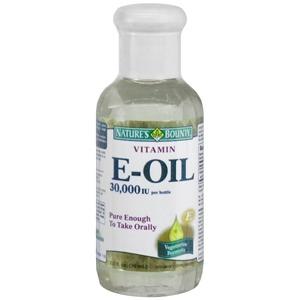 A few drops vitamin e oil