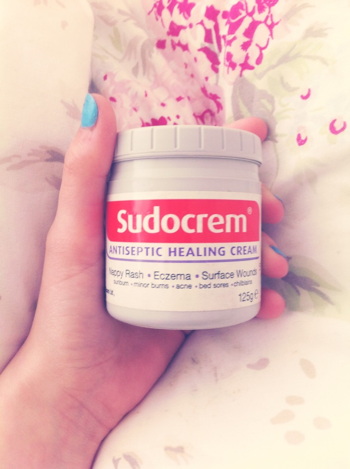 Apply Sudocrem to your nose, your cheeks, or wherever you have pimples. Go to sleep (don't worry, it won't rub off) an in the Morning the pimples have shrunk!! I tried this and it worked. I hope it works for you too xxx 💖