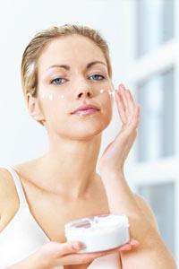 Use Vaseline as a face moisturizer it won't clog your pores