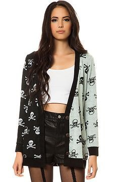 (Skulls are a badass look, although it may seem strictly for halloween for some, I feel that with the crop top, high waisted shorts and thick heels you can have the biggest confidence boost) (https://www.pinterest.com/andmal/skull-beauty/ I'm sorry you'll have to hunt through to find it!)