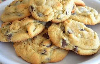 1 cup (2 sticks) Butter, softened 3/4 cup Brown Sugar 1/4 cup White Sugar 1 small pkg Instant Vanilla Pudding mix 2 eggs 1 teaspoon Vanilla Extract 2 1/4 cups All-Purpose Flour 1 teaspoon Baking Soda 1 pkg ( 12 oz) Milk Chocolate Chips