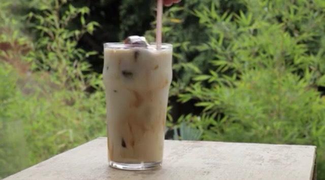 6) Stir. Add cream and sugar to taste and enjoy!