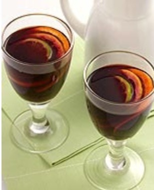 Cranberry Sangria PointsPlus™ Value: 2 Servings: 6 Preparation Time: 15 min Cooking Time: 0 min Level of Difficulty: Easy  Our cranberry sangria is easy to prepare and rich with fresh fruit juices.