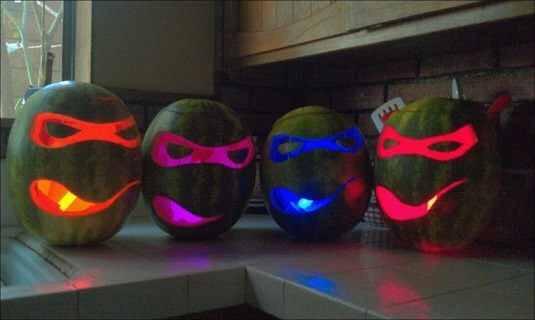 Glowing ninja turtles
