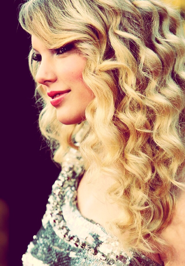WAAALAAA!!💗💕 beautiful curls!