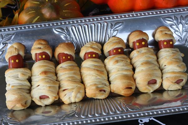 Mummy Dogs  http://www.ourbestbites.com/2011/10/easy-halloween-party-food/