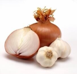 Garlic & onions are both food that can accelerate hair growth.