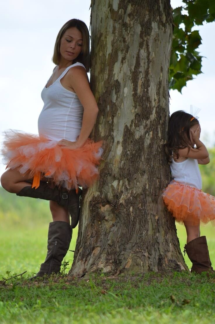 5f05cd42a31aa 🎀Pregnant Mother With Daughter Matching Outfit Ideas✨ Like 4⃣more ...