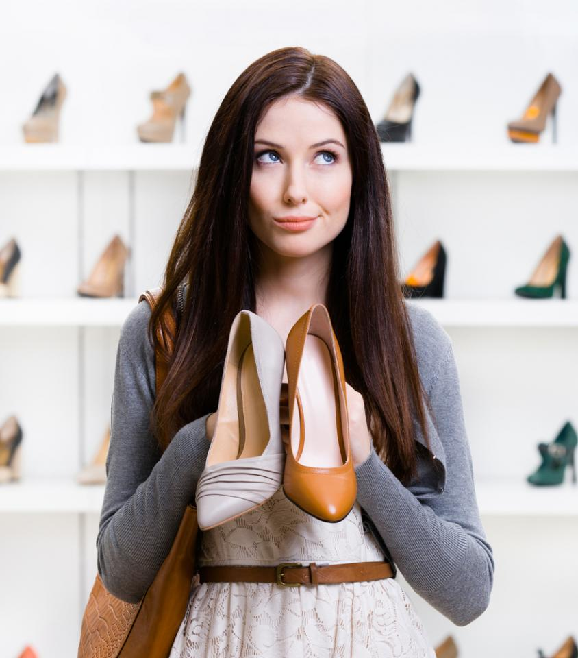 YES! It is possible to find designer clothing for WAY less than department store prices.
