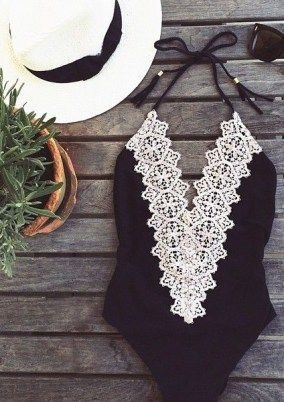 Lace-front maillot in black