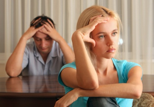 How to spot a dead-end relationship Do you feel like you're stuck in a relationship rut but aren't sure whether things will ever change? It's normal for relationships to hit the odd rocky patch, but if you experience three or more of the signs below and 'the chat' hasn't resolved anything...,