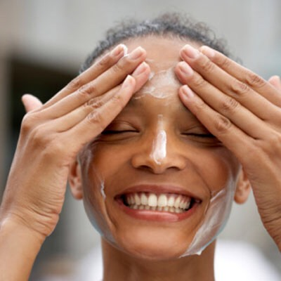 Follow a  Good Hygiene daily face-washing practice in the morning and at night: This helps in restraining bacteria growth and getting clear skin