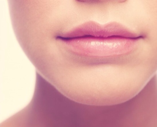 Wanting lips like these?? Follow these two simple steps for soft lips in just a week! 💕