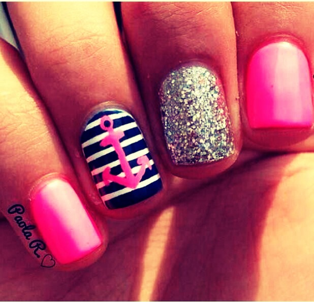 I love anchors and glitter, and my favorite color is pink. So these are just fab.