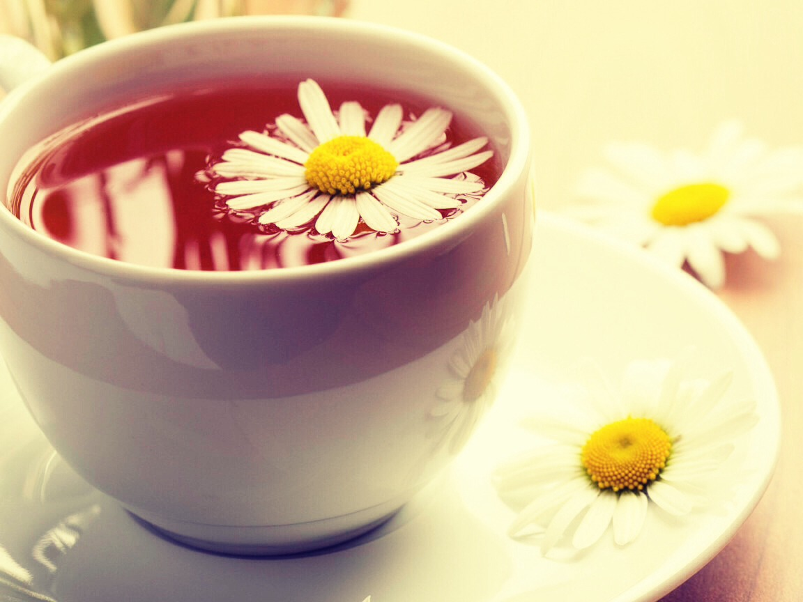 Brew a strong pot of chamomile tea by allowing at least thirty minutes for the tea to steep. Allow the tea to cool, and then add a few tablespoons to your conditioner and put the rest in a shampoo bottle. Shampoo hair with this and condition with the tea conditioner. Air dry in the sun.